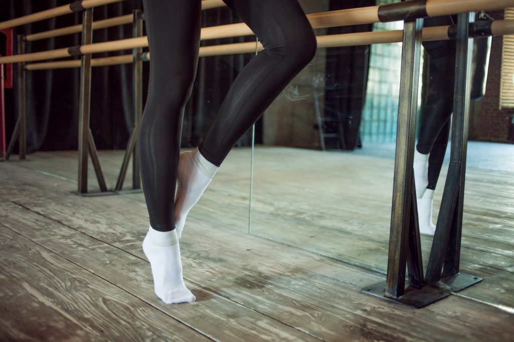 Barre, Barre Classes, Barre Exercise, Barre Beaconsfield, Barre Seed Wellness, Dance Classes Beaconsfield, Exercise Classes Beaconsfield, Seed Wellness, Abby Bulfin,